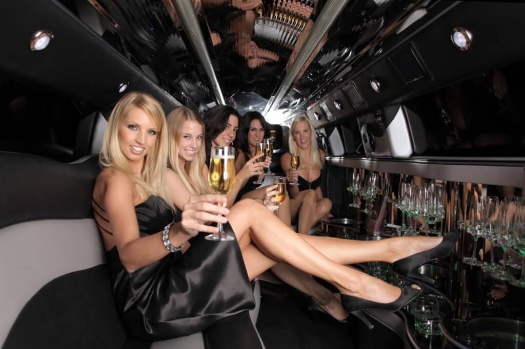 limo-stretch-limousine-service